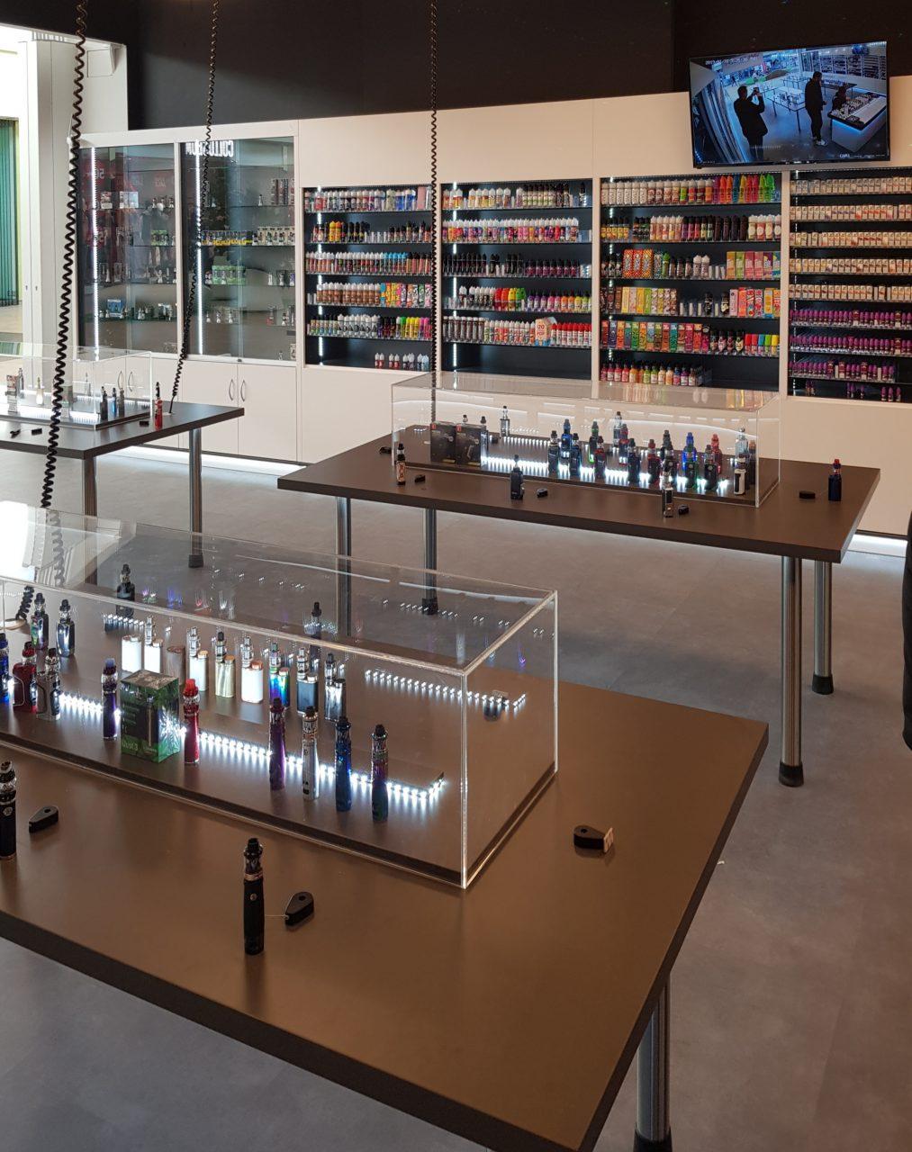 Eröffnung eines modernen E-Zigaretten Shops